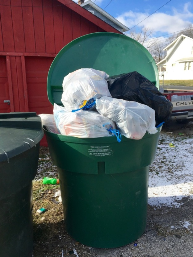 152nchaseave_trashbagdumpingbeside300galloncontainers_0118161-2016-01-20-16-59.jpg