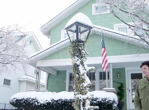 snowstorm012809_me_cropped-2015-12-5-06-28.jpg